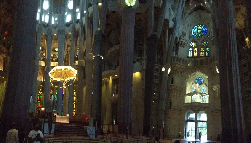 Segrada altar and window