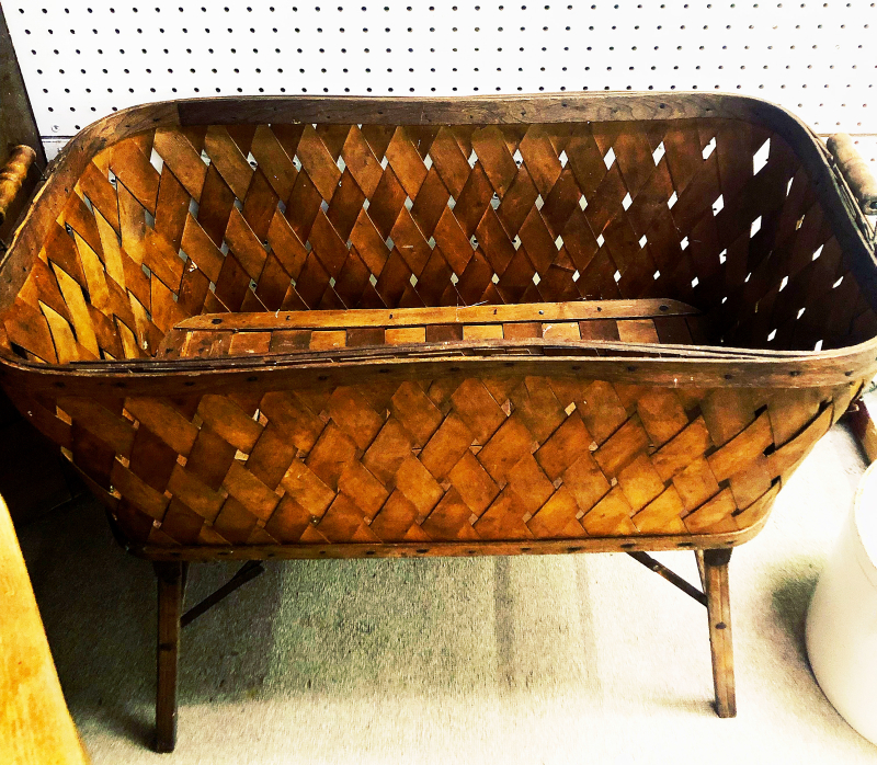 Basket_stand